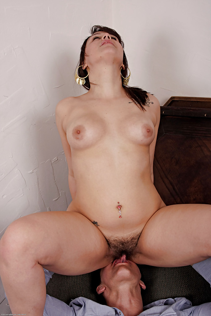 Amateur hairy pussy big cock